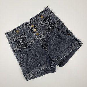Seductions Sirens Acid Wash Denim Shorts Size 7